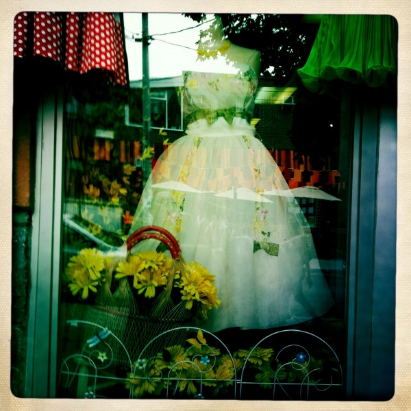 window dress